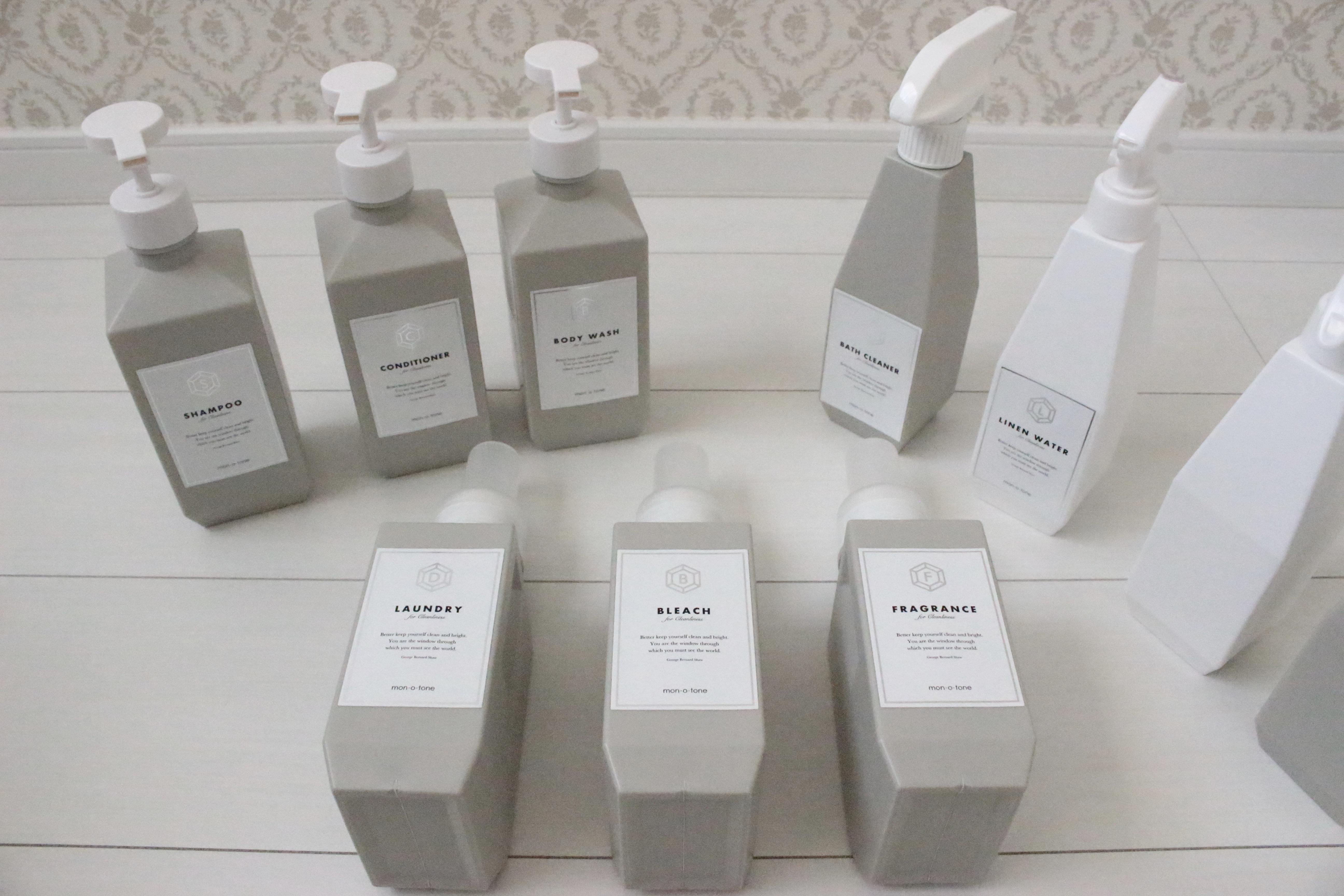 《詰め替え用ボトル》おしゃれな洗剤&シャンプーボトル&モノトーンラベルの組み合わせ*